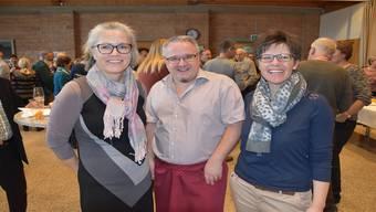 Claudia Sommerhalder (links) mit Mirjam Bossard und Ammann Mario Schegner am Neujahrsapéro 2019.