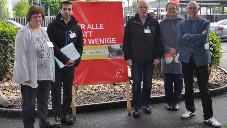 Die Gemeinderatskandidaten Maja Fürsinger, Shirkou Moradi, Martin Wyss sowie die Amtsrichter-Kandidaten Ruth Bürgler und Eugen Kiener