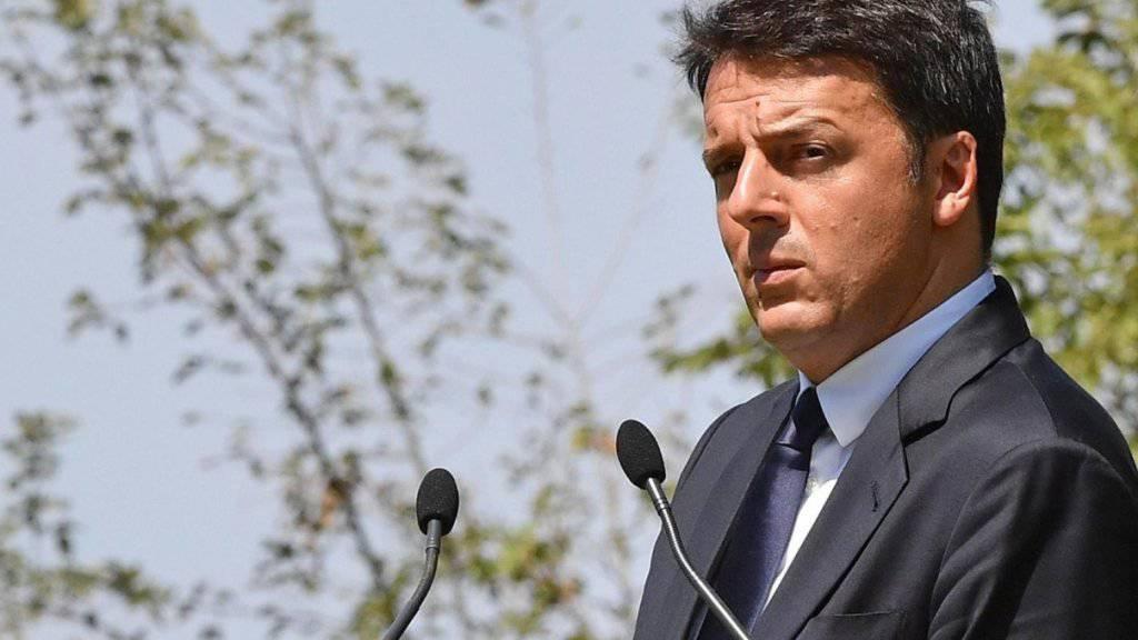 Italiens Ministerpräsident Matteo Renzi sieht die Verantwortung für die Misere klar bei den Banken selbst. (Archiv)