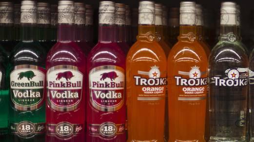 18 Flaschen Wodka klauten die Diebe vom Fasnachtswagen (Symbolbild)