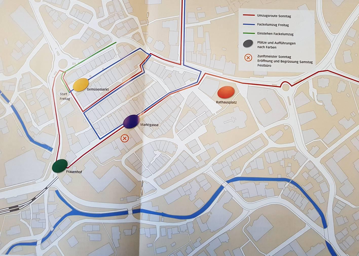 Während des Festwochenendes werden an vier verschiedenen Plätzen der Altstätter Innenstadt die Brauchtümer vorgeführt. (Bild: Festführer/FM1Today)