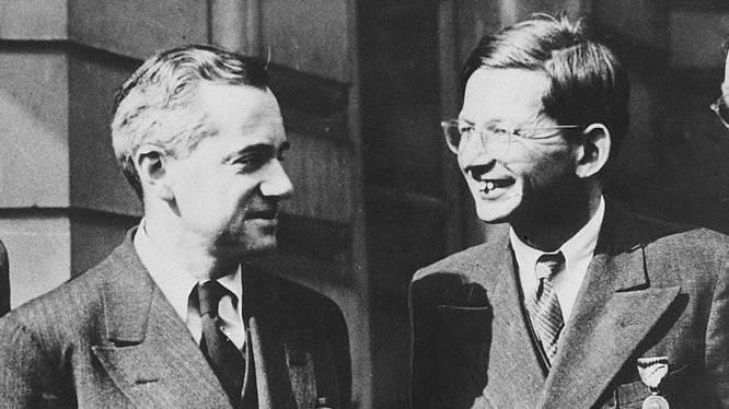 Otto Frisch und Rudolf Peierls.