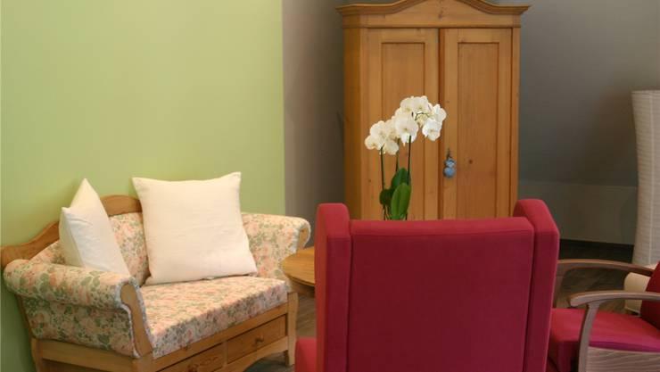 Im Alters- und Pflegeheim «Almacasa» wollen Liliane Peverelli und Vincenzo Paolino eine wohnliche Umgebung für Senioren schaffen.