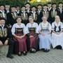 Seit 80 Jahren singt der Jodlerklub Heimelig Sins für ein treues Publikum. Der Verein zählt aktuell 17 Sänger und vier Sängerinnen.