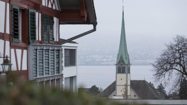Die reformierte Kirche in Wädenswil darf weiterhin auch in der Nacht jede Viertelstunde schlagen.