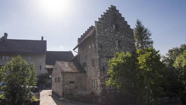 Heute ist im Schlösschen Altenburg eine Jugendherberge untergebracht – das ursprüngliche Gebäude war unter anderem im Besitz der Römer und Habsburger.