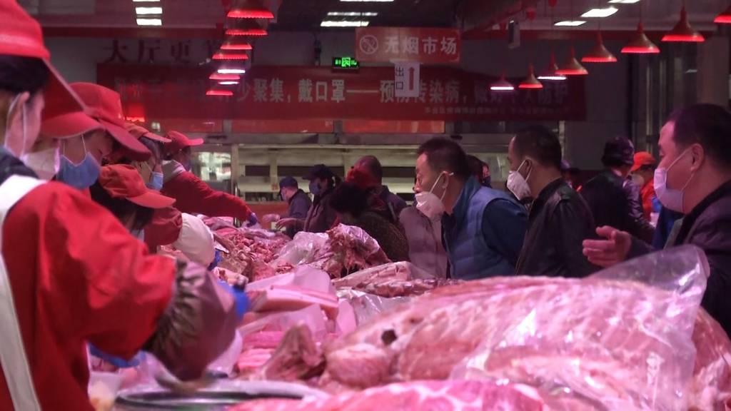 Corona-Ausbruch auf Grossmarkt in Peking - Wohnviertel abgeriegelt