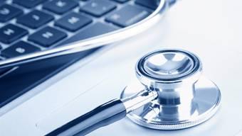 Das elektronischen Patientendossier soll gemäss Plan im Jahr 2017 in Kraft treten.