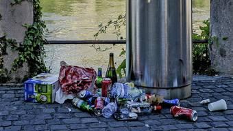 Bereits am ersten warmen Wochenende sind mehrere Klagen über Abfallsünder eingegangen. (Symbolbild)