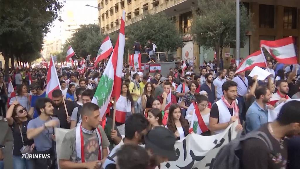 Schweizer Flüchtlingshelfer protestieren im Libanon