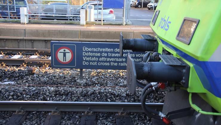 Am Bahnhof Bümpliz wurden zwei Personen vom Zug erfasst und getötet.