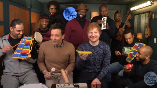 Ed Sheeran und die Bananen-Rassel