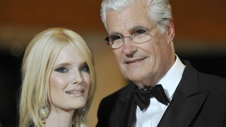 Von seiner vierten Frau Mirja hat sich Sky du Mont im April scheiden lassen: Eine weitere Ehe kann und will sich der Schauspieler nicht mehr leisten. (Archivbild)