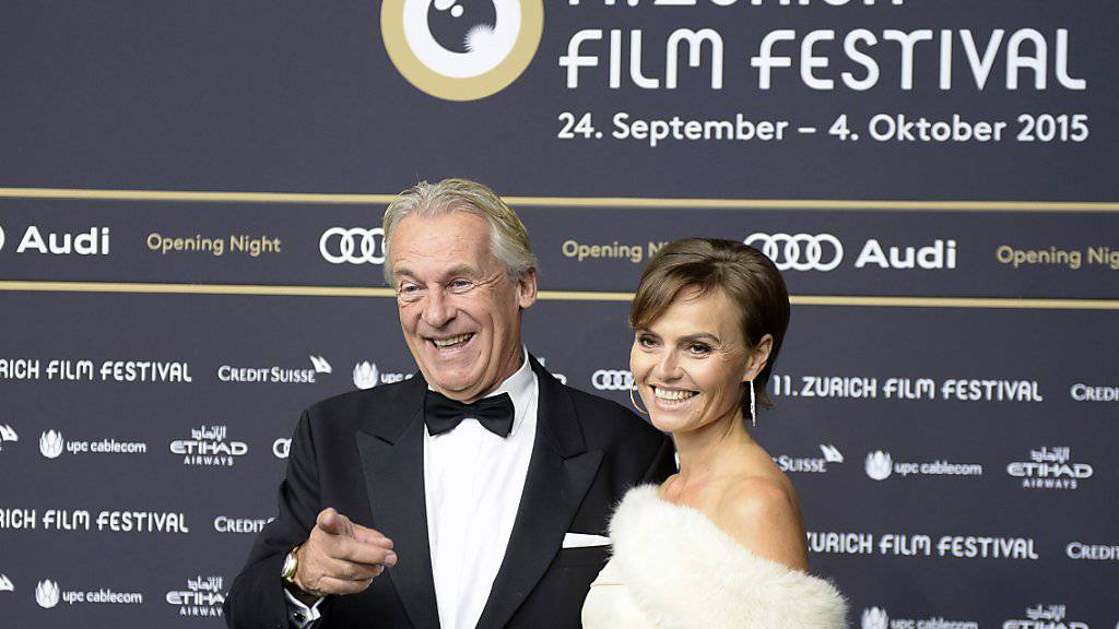 Das Kochen überlässt Pepe Lienhard an Weihnachten gerne seiner Frau Christine (rechts, in einer Aufnahme vom September dieses Jahres mit ihrem Ehemann in Zürich).