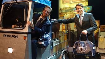 Jochen Frank Schmidt (r.) und Alexander Dieterle behalten das Musical «Happy Landing» auch 2018/2019 im Programm des Gloria-Theaters.