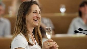 Ein Glas Bio-Champagner in der Hand: Adèle Thorens, Co-Parteipräsidentin der Grünen