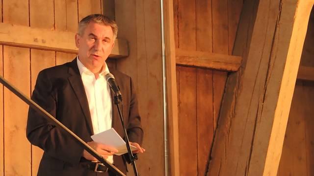 Die Rede von Bildungsdirektor Alex Hürzeler zur Premiere des Kunstprojekts «leise brüllen» in Windisch.
