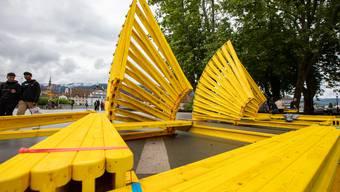 Diese Installation mit dem Namen «Porte jaune» ist eines der 20 unterschiedlichen Kunstobjekte, die für die 2000-Jahr-Jubiläumsausstellung «Zart2020» geschaffen worden ist.