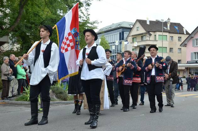 Katjas Beiz Musikante bezeichnete eine kroatische Musiker- und Trachtengruppe