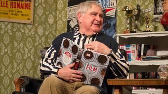 Im Stück «Häppi Änd» spielt Jörg Schneider einen alternden Kino-Betreiber.