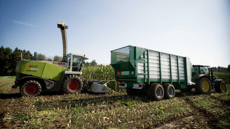 Die meisten Unfälle in der Landwirtschaft passieren im Zusammenhang mit Fahrzeugen. (Symbolbild)