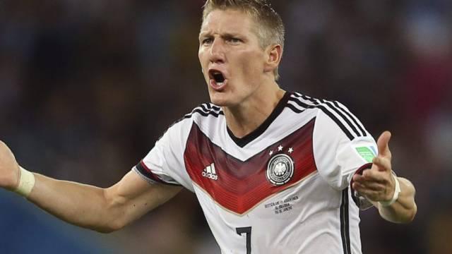 Bastian Schweinsteiger fällt bei Bayern für unbestimmte Zeit aus.