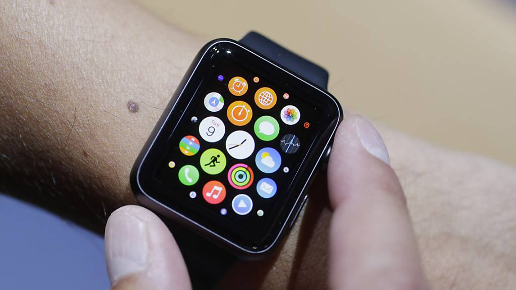 Grünes Licht einer Smartwatch aktiviert Insulin-Produktion