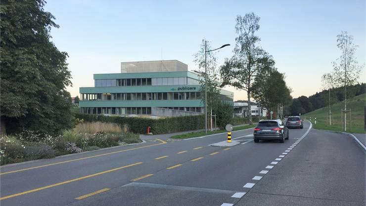 Der Mobilfunkanbieter Sunrise darf auf dem Dach des Gewerbehauses der Publicare AG zwei Antennen installiert.