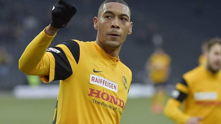 Guillaume Hoarau bejubelt einen seiner drei Treffer beim Super-League-Spiel zwischen den Young Boys und Vaduz
