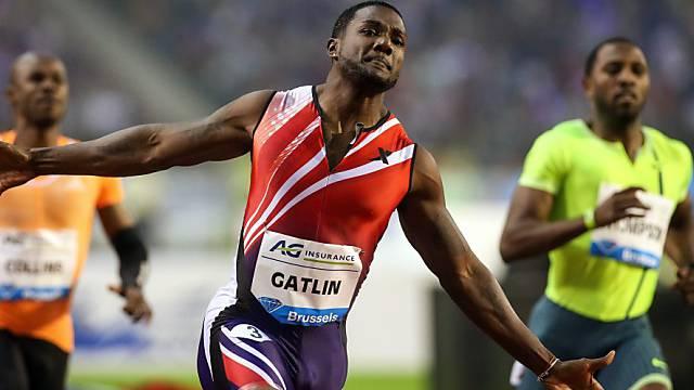 Gatlin gewann die 100 m bei leichtem Rückenwind in 9,77 Sekunden