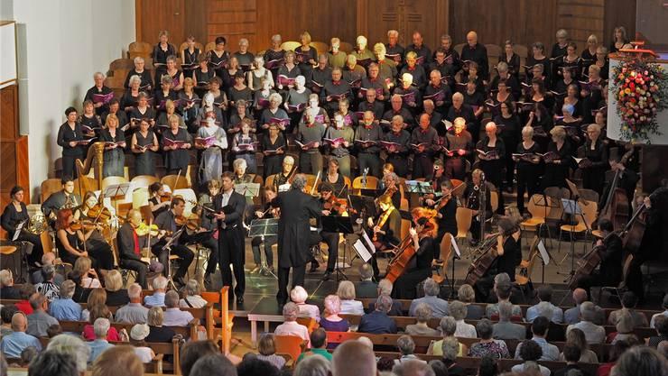 Der Oratorienchor Olten überraschte am Sonntagabend in der Friedenskirche mit tiefsinniger Kirchenmusik.