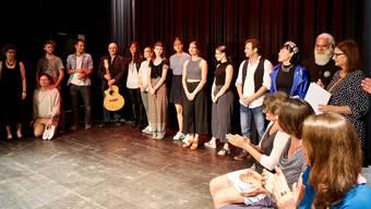 Die Offene Bühne – hier die Teilnehmerinnen und Teilnehmer im letzten Jahr – findet zum zehnten Mal statt. zvg