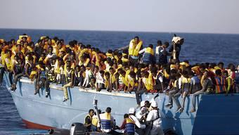 Flüchtlings-Rettungsaktion vor der libyschen Küste (Aufnahme vom August 2016).