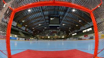 Das Stadion Kleinholz in Olten ist bereit für das erste Heimspiel des HC Laupersdorf in dieser Saison.