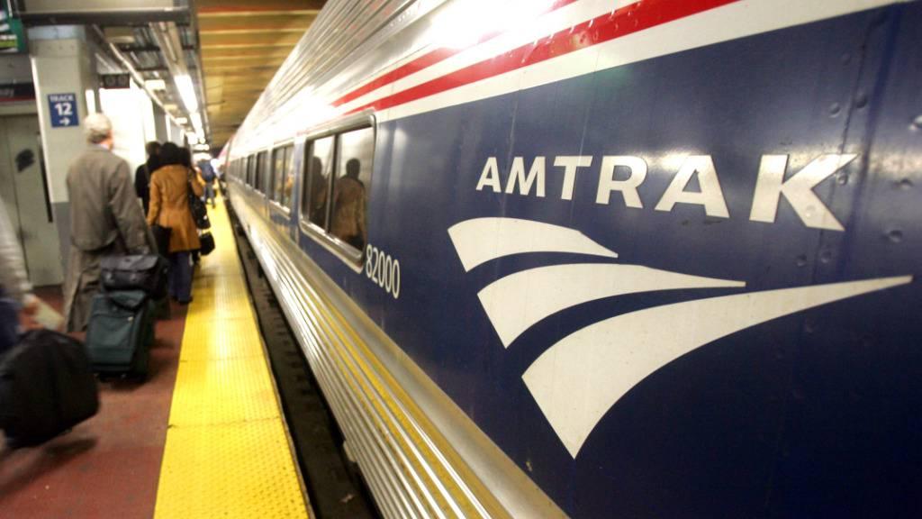 Die US-Bahngesellschaft Amtrak braucht weitere Hilfsgelder vom Staat. (Archivbild)