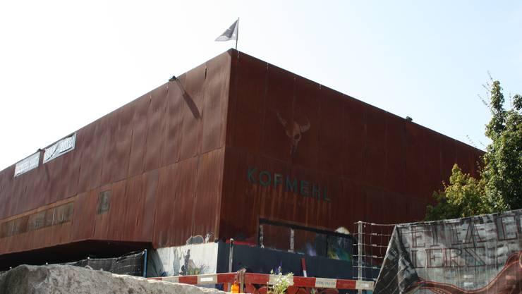 Die Kulturfabrik Kofmehl wird im Osten könftig durch einen eigentlichen Lärmtunnel abgeschirmt