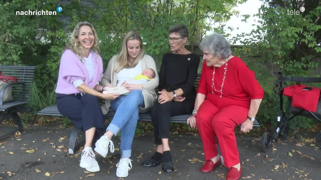 Von Enkel bis Ur-Ur-Grossmutter – Diese Familie umfasst 5 Generationen
