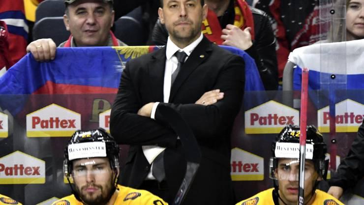 Bundestrainer Marco Sturm ist gegen Titelverteidiger Kanada gefordert
