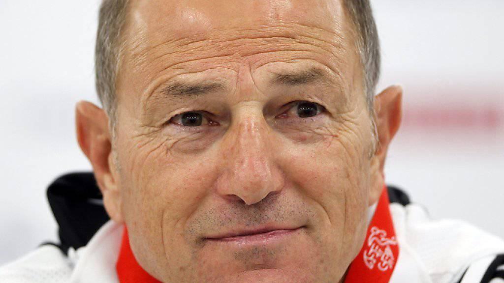 Trainer Gianni De Biasi bereitet sich mit dem albanischen Nationalteam in der Bretagne auf das Auftaktspiel gegen die Schweiz vor