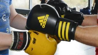 Laut Richtern hat der junge Kickboxer keinen Anspruch auf einen Platz in der Sportschule. (Symbolbild)