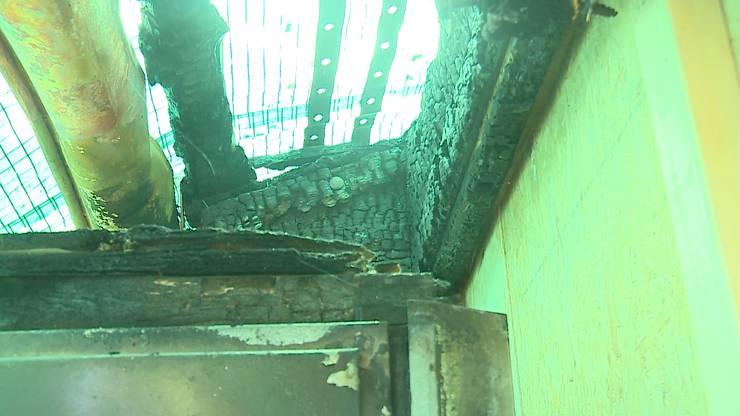 Schaden an der Dachkonstruktion der Hornusserhütte