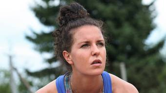 Die Entfelder Profitennisspielerin Karin Kennel hat bei einem Turnier in Tunesien die Halbfinals im Einzel erreicht und im Doppel ihren bereits neunten Profititel gewonnen.