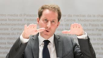 SVP-Nationalrat Thomas Aeschi ärgerte sich am Titlis. (KEYSTONE/Adrien Perritaz)