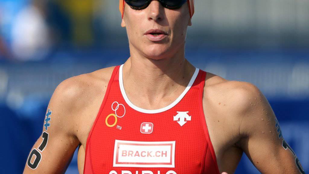 Nicola Spirig distanzierte beim 70.3 Ironman im norwegischen Haugesund alle Konkurrentinnen um fast sechs Minuten und mehr (Archivbild)