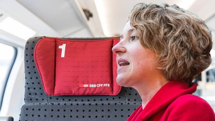 Grüne-Nationalrätin Irène Kälin reicht am Montag einen eigenen Vorstoss zur Abschaffung des 1.-Klass-GA-Privilegs ein. (Fotomontage)