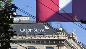 An den fraglichen Geschäften mit der BVK und der GVZ waren ehemalige und aktuelle Händler der Grossbank Credit Suisse beteiligt. keystone