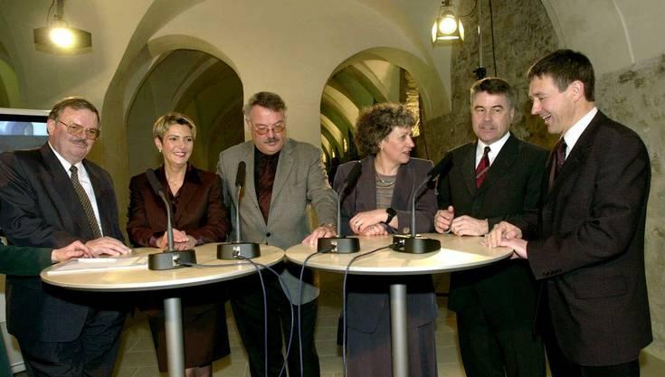 2000 gelingt Keller-Sutter (2. von links) der Sprung in die St. Galler Kantonsregierung. Bis 2012 ist sie Sicherheits- und Justizdirektorin.