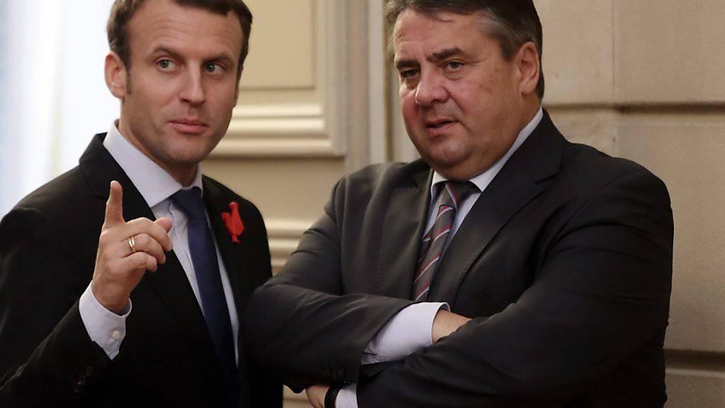 Der französische Aussenminister Macron und Deutschlands Aussenminister Gabriel wollen bei der Entwicklung von digitalen Standards künftig gemeinsam voranschreiten.