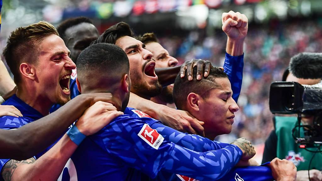 Bayern München löst Leipzig an der Tabellenspitze ab