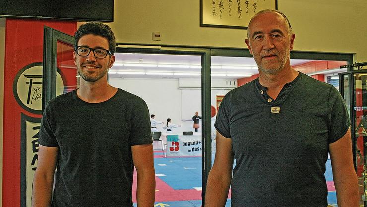 Daniel (links) und Giuseppe Puglisi im Dojo des Budo Sport Centers Liestal
